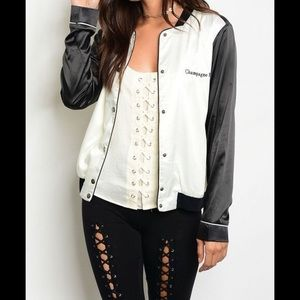 Jackets & Blazers - ⭐️BLACK AND WHITE BASEBALL JACKET⭐️